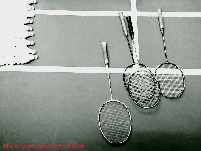 aprende a elegir mejor raqueta de bádminton con los consejos de power bádminton